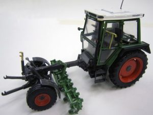 1:32, Weise Toys, Fendt