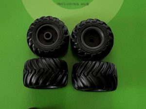 AT Collections, Nokian , Wielset, 1:32