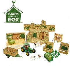 Britains, Farm in a Box with John Deere Tractor, 1:32