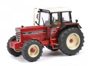 Schuco ,International , modeltractor, 1:32
